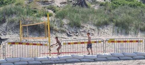 Girulių paplūdimyje (1)